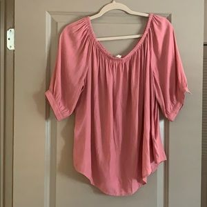 Gap 3/4 length off the shoulder top